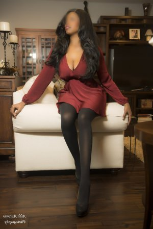 Maissam independent escort in North Babylon