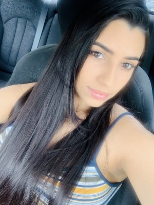 Nour-el-houda escort girls in Montebello and sex clubs
